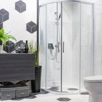 Torquay Curved Slider Shower
