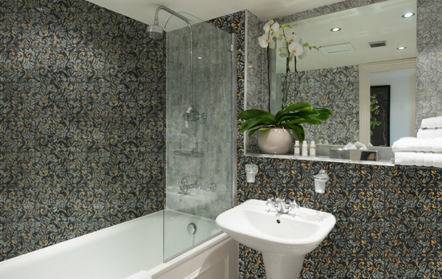5 handy tips on how to get a better deal on bathroom tile prices