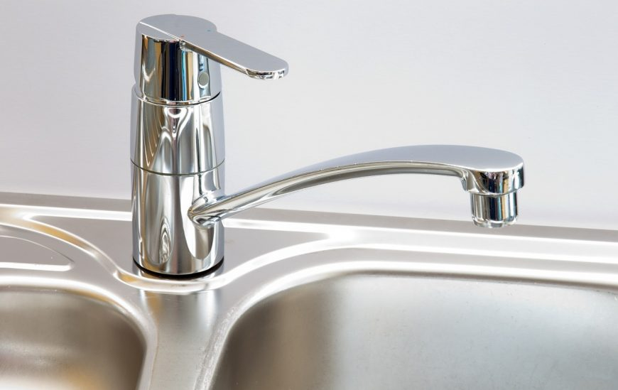 5 Kitchen Taps that will give you extreme tapware envy