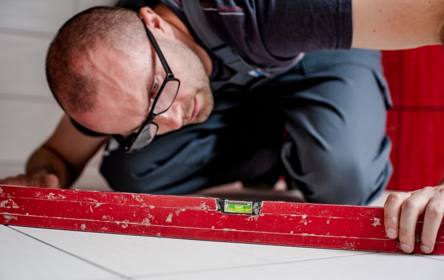 5 easy steps to laying floor tiles