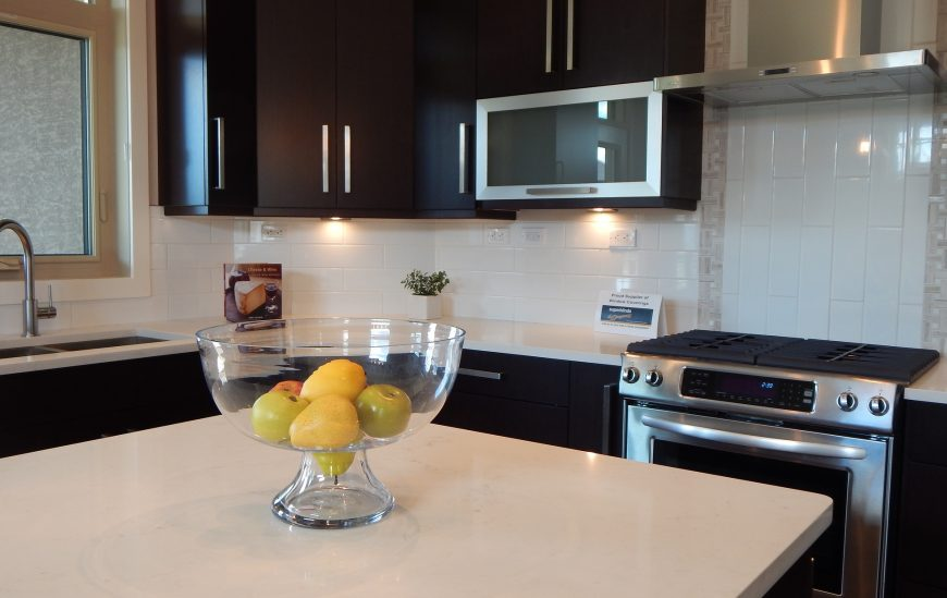 Stone benchtops Vs laminate benchtops – which is the better option?