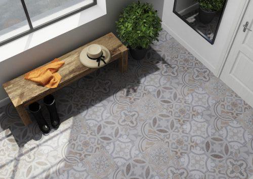 Llanes Decor - Hallway
