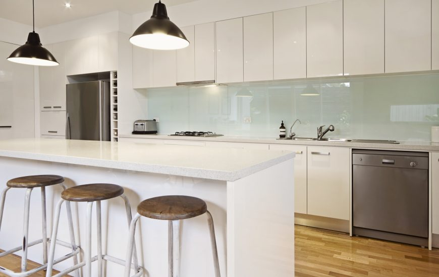 Choosing the Right Cabinets for a Kitchen Renovation