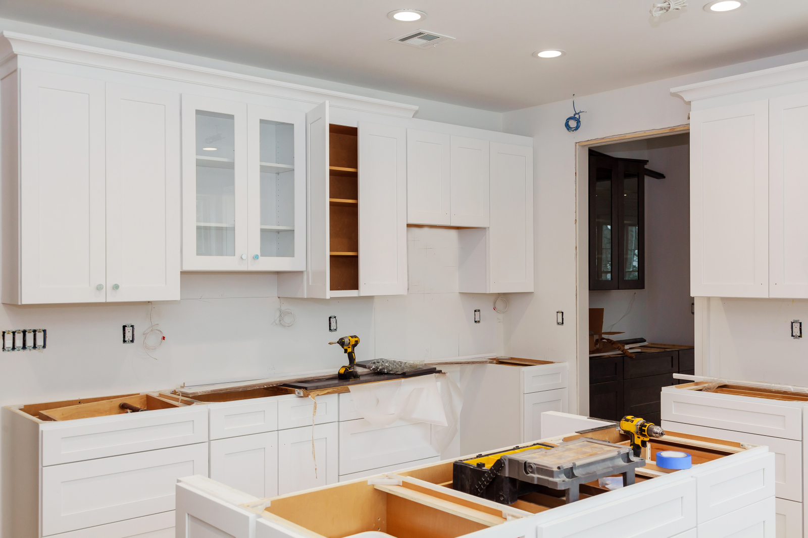 How To Install Kitchen Cabinets The Diy Way Ross S Discount