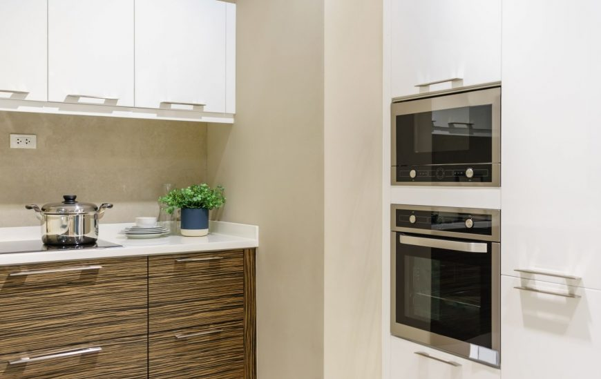 Freestanding Ovens vs Wall Ovens – We Put Them Head to Head