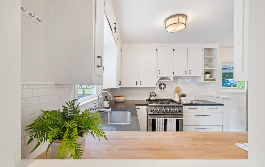 How to Renovate a Kitchen for Less Than $1000