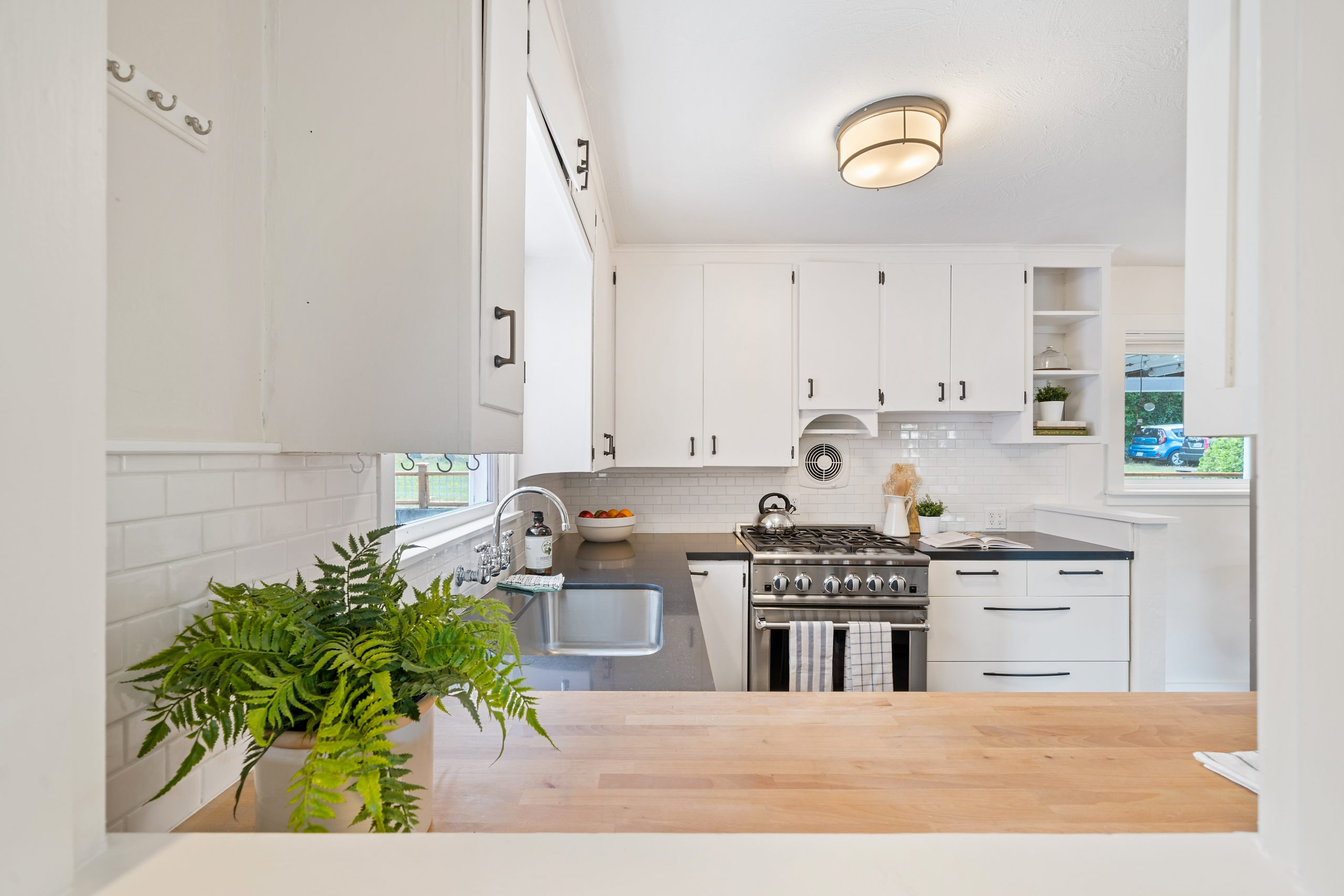 How To Renovate A Kitchen For Less Than 1000 Ross S Discount Home Centre