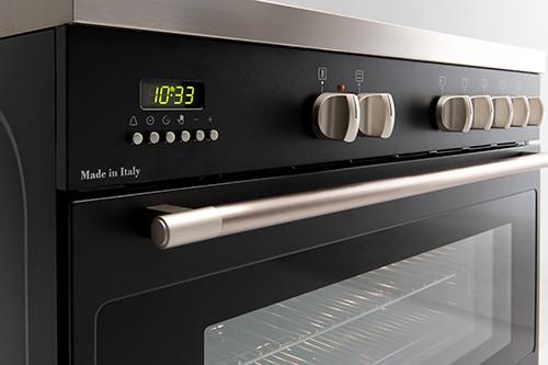 90cm Black Dual Fuel Freestanding Oven - Controls