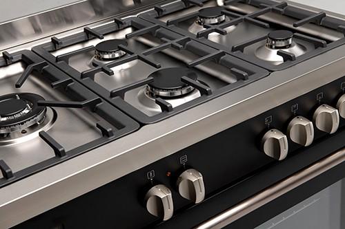 90cm Black Dual Fuel Freestanding Oven - Cooktop