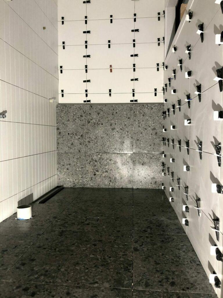 bathroom setout