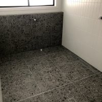 How to Choose the Perfect Feature Tile for a Bathroom