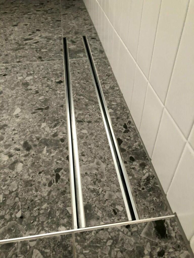 bathroom caulked